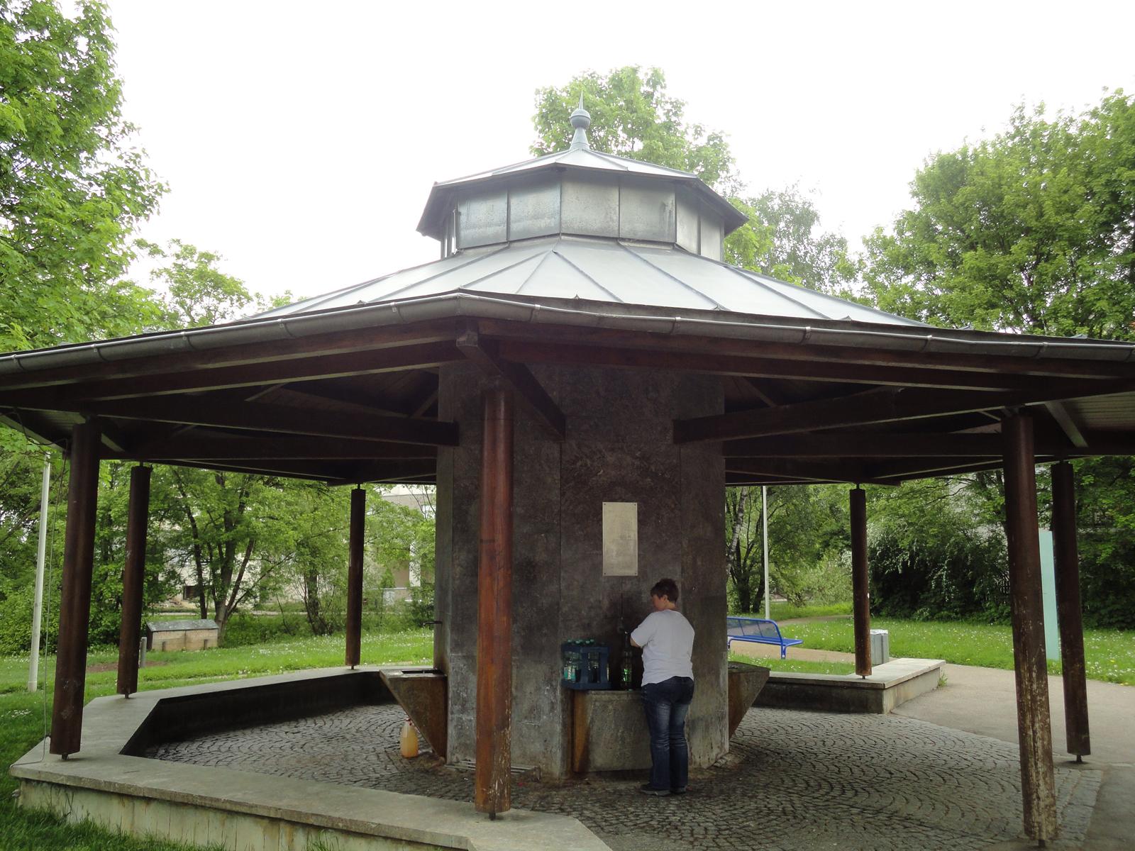 Der Uhlandbrunnen