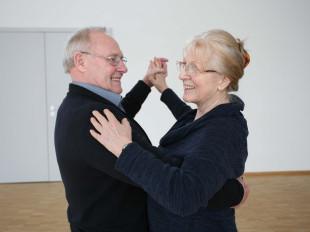 Senirenpaar auf dem Tanzparkett