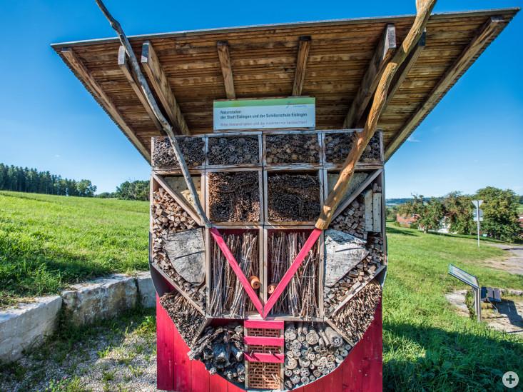 Das Insektenhotel für Wildbienen zwischen Eislingen und Krummwälden
