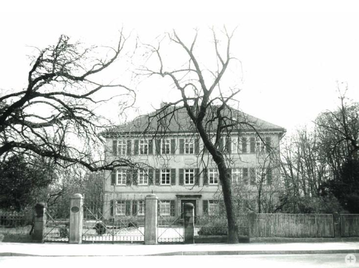 Station 11: Schloss