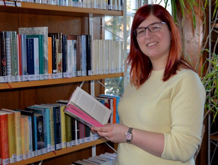 Daniela Ascher - neue Mitarbeiterin in der Stadtbücherei