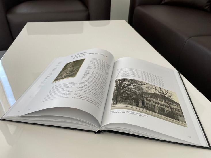 "Offenes Buch ""Zeitzeugen"""